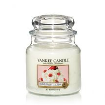 Yankee Candle Strawberry Buttercream
